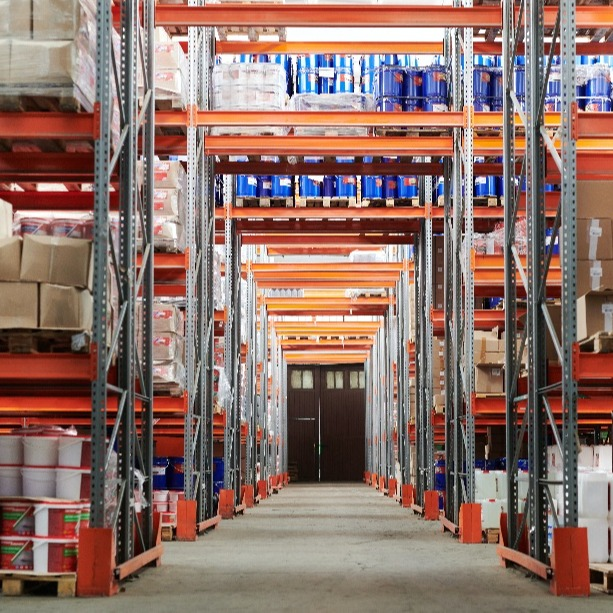How to Manage Warehouse Inventory with a Real-Time Location System