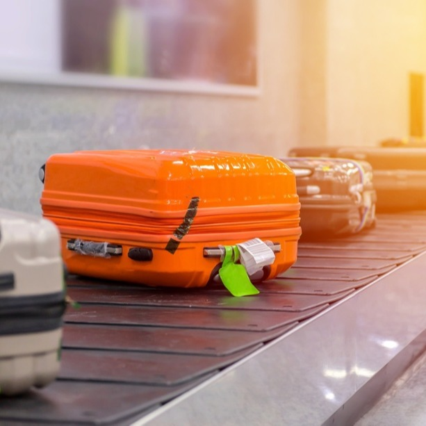 18 Real-Life Use Cases Of RTLS In Transportation Hubs